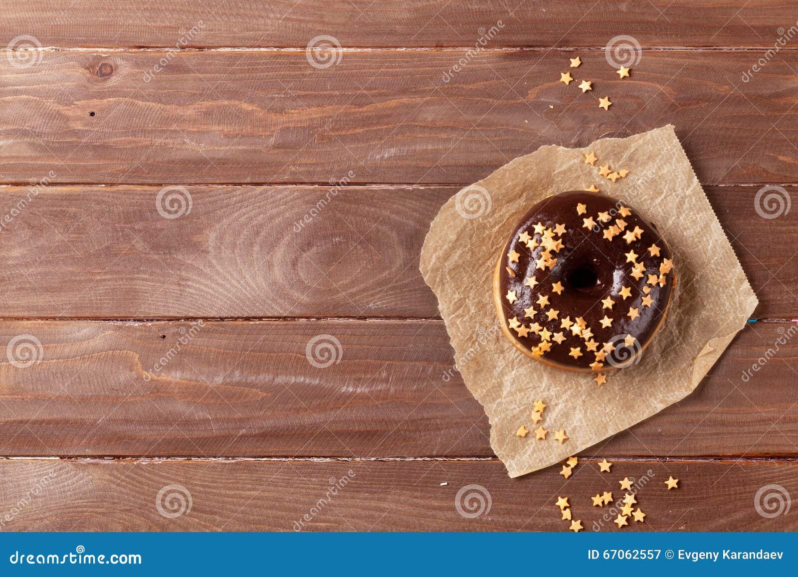 Donut mit Sterndekor