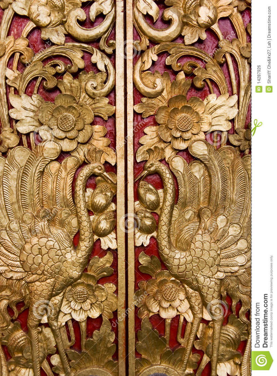 Door carving at pura masceti bali indonesia royalty free for Wood carving doors hd images