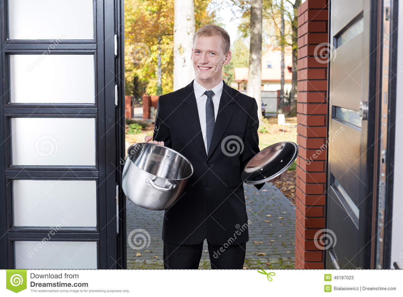 Door to door salesman stock photo image 46187023 for Door to door sales