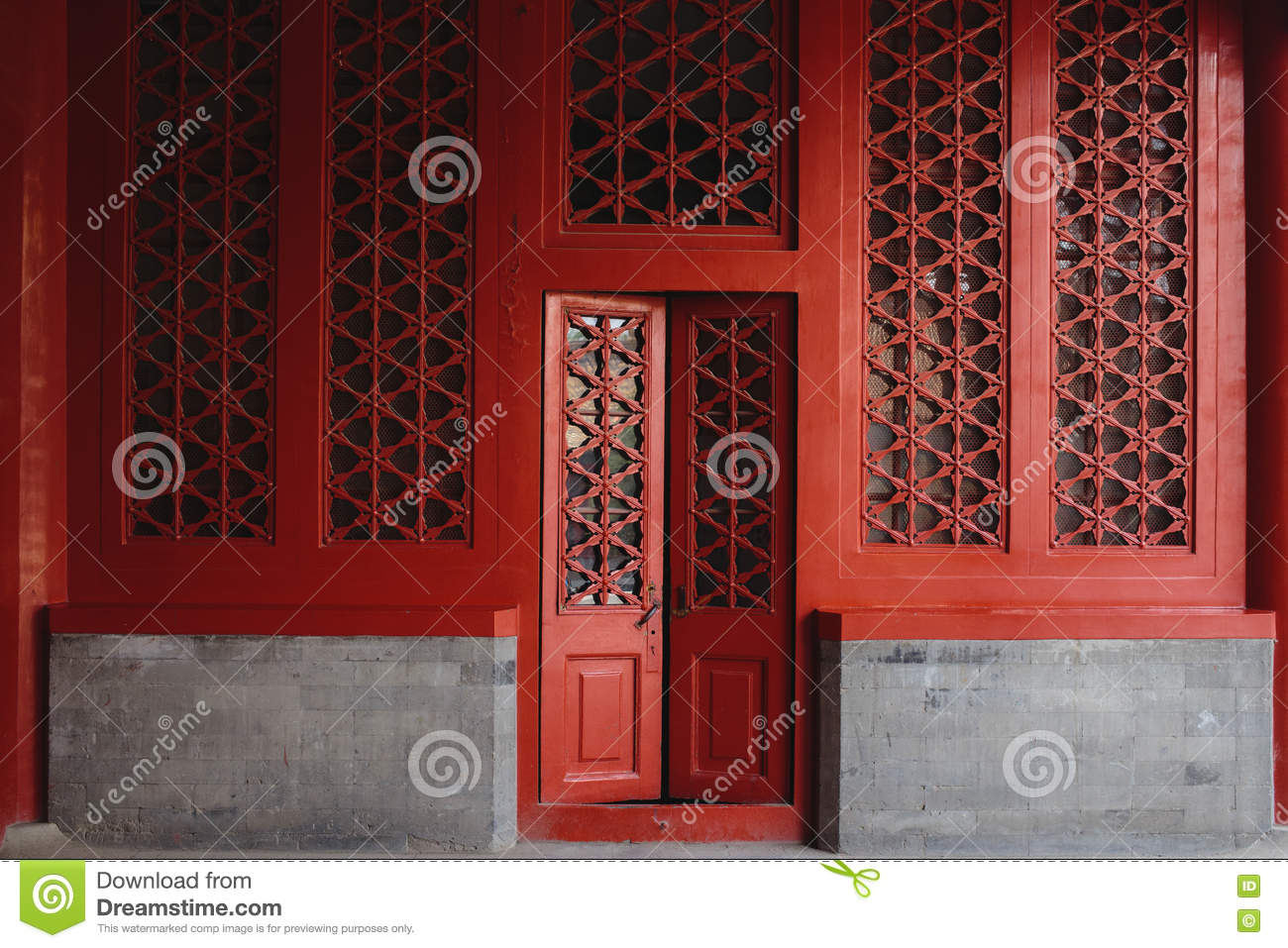 The door and windows, made in traditional chinese style