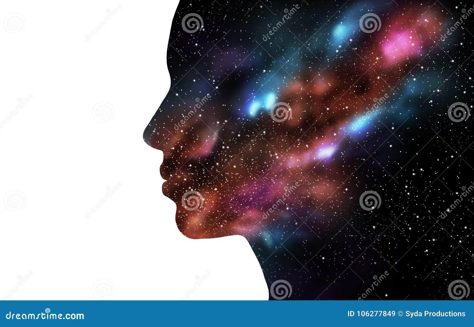 Doppelbelichtungsfrau und -galaxie