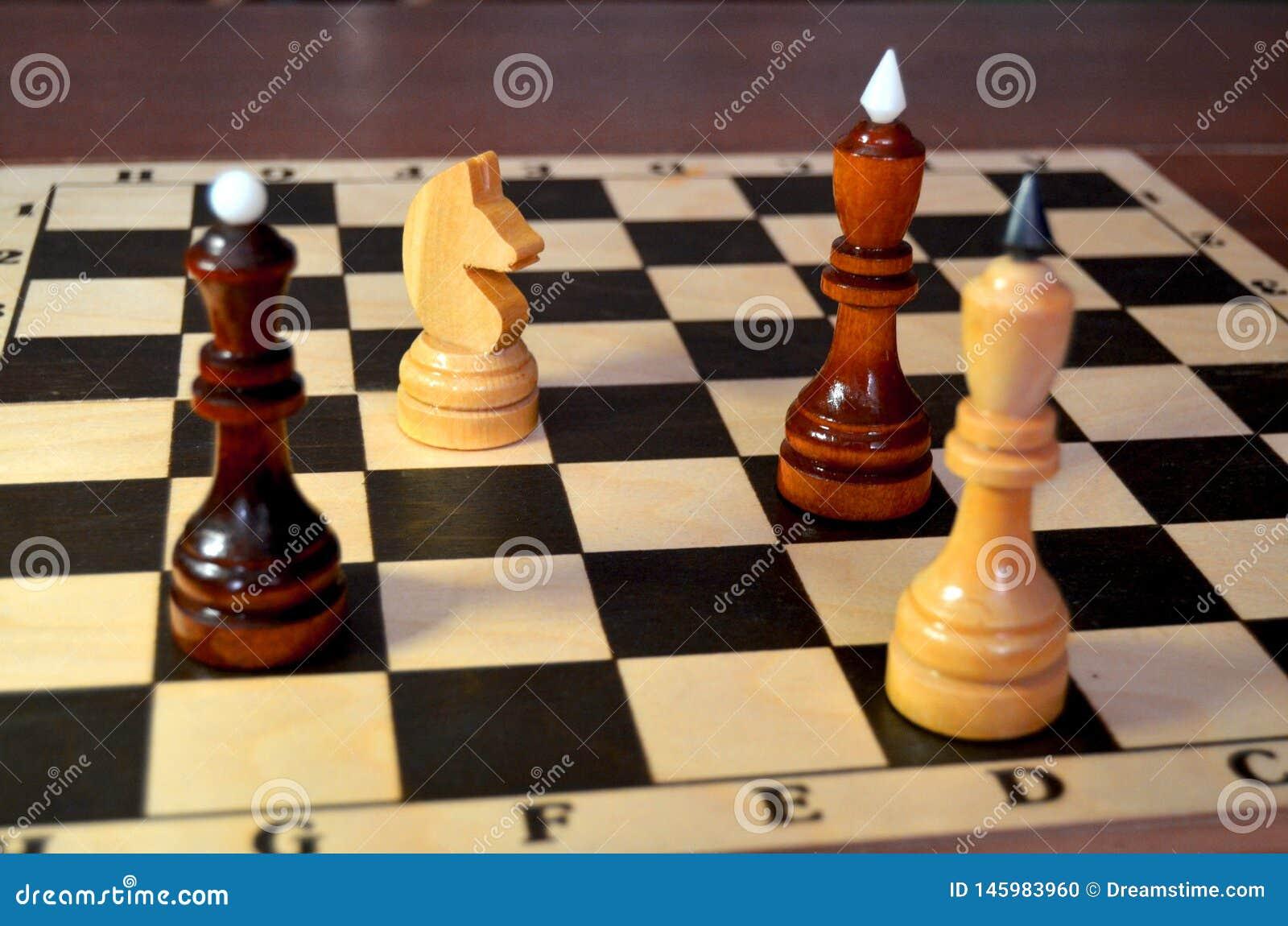 Doppio attacco del cavaliere di scacchi