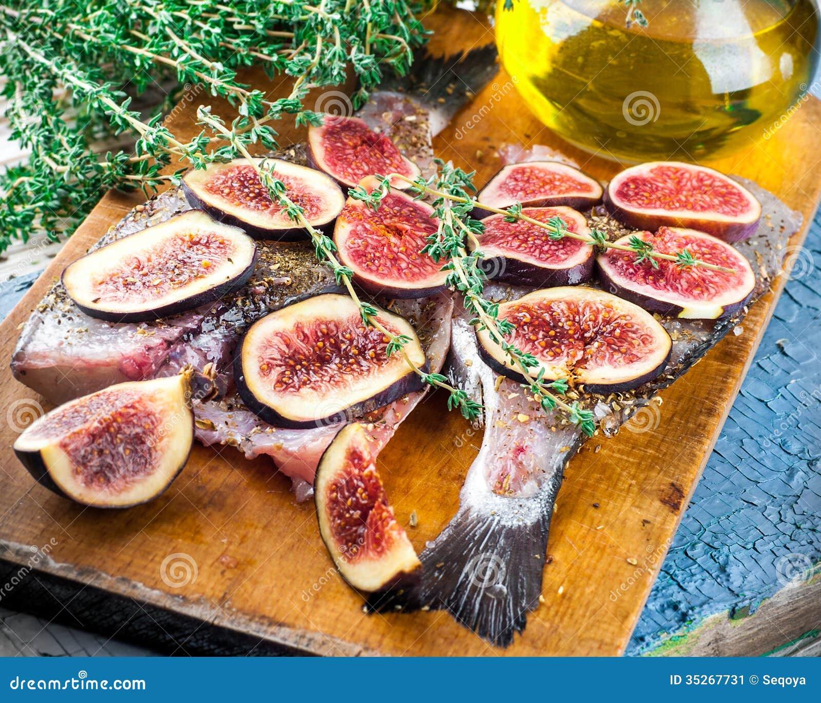 Dorado fish with figs stock image image 35267731 for Almanara mediterranean cuisine