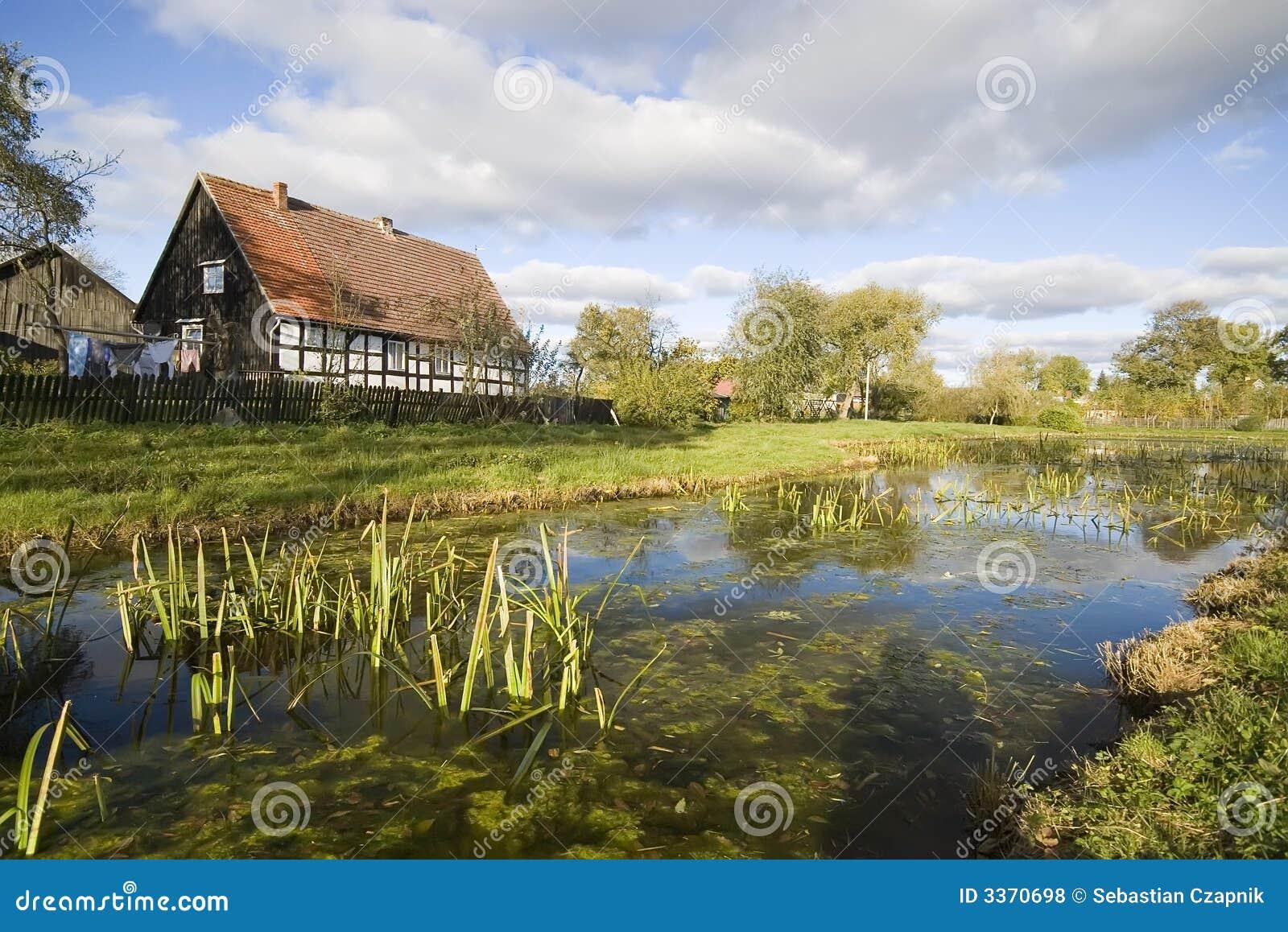 Dorf szenisch, Polen.