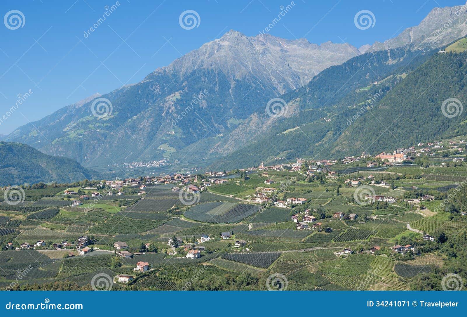 Dorf tirol south tyrol trentino dolomites italy stock for Design hotel dorf tirol