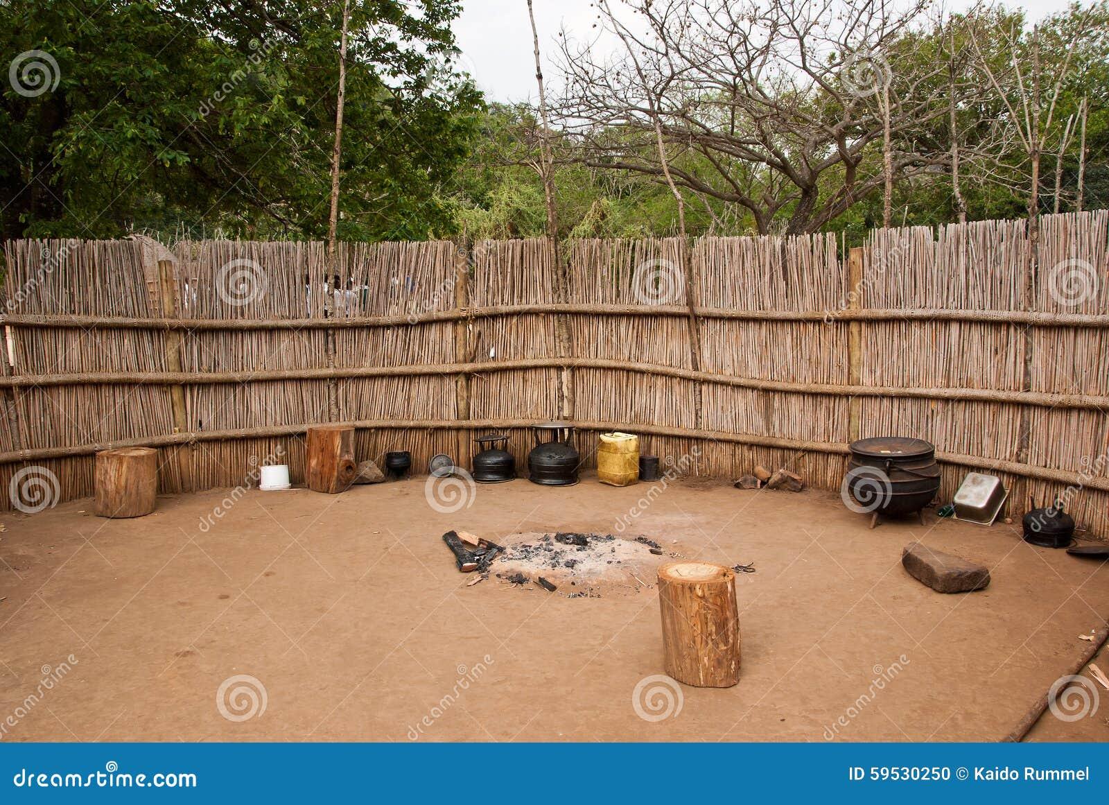 Dorfküche stockfoto. Bild von natürlichkeit, zaun, völker - 59530250