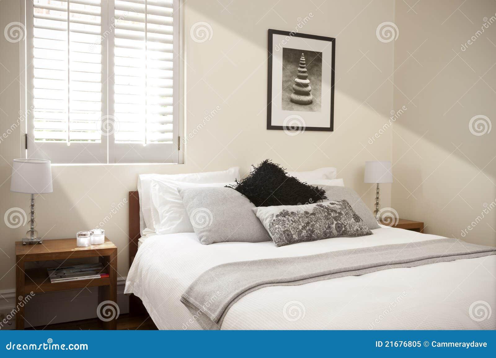Dormitorio con la cama