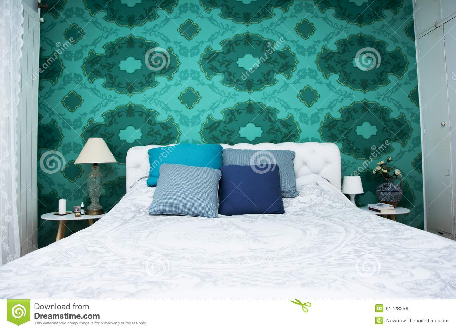 Dormitorio de los azules turquesa y del blanco foto de for Dormitorio azul turquesa