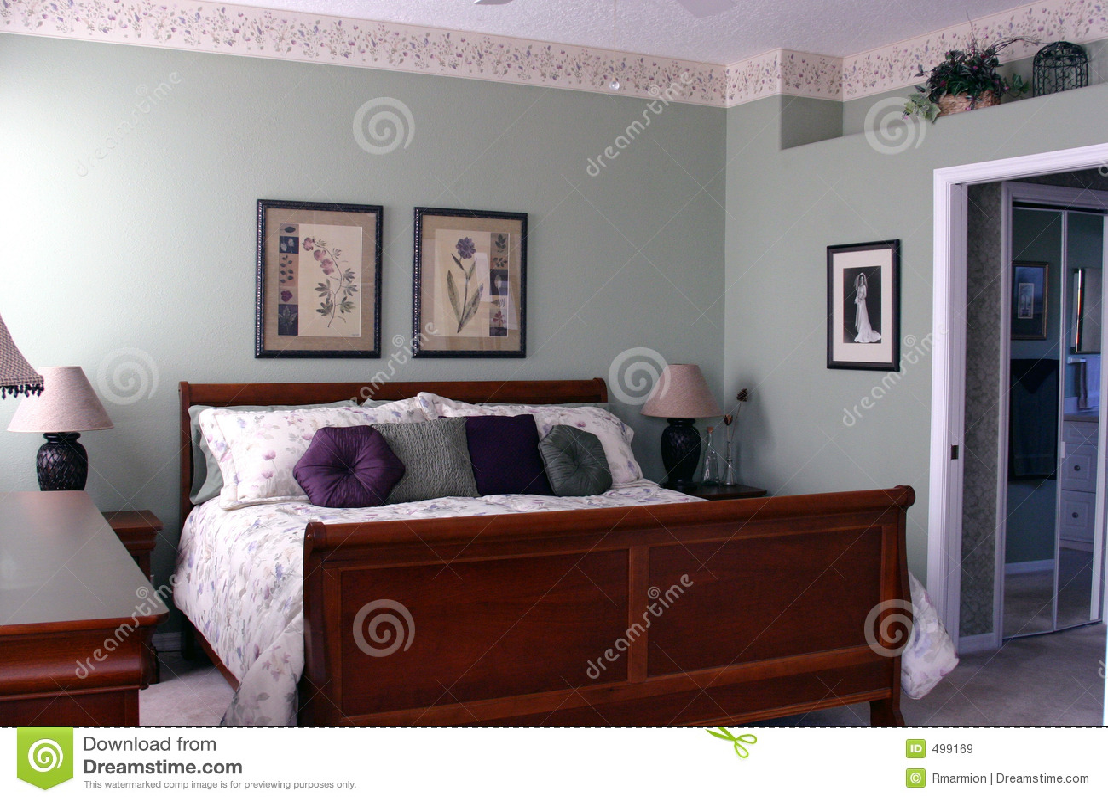 Dormitorio principal moderno im genes de archivo libres de for Dormitorio principal
