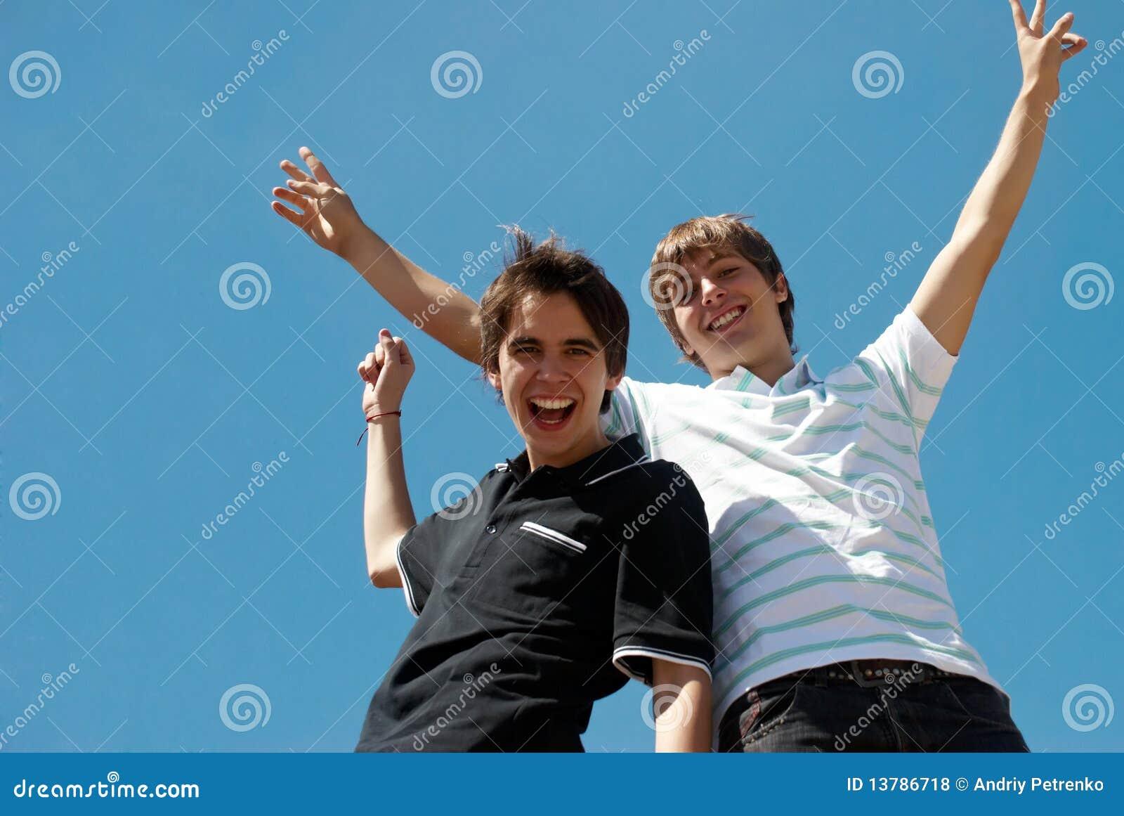 Dos Amigos Felices Foto De Archivo Imagen De Azul Cara 13786718