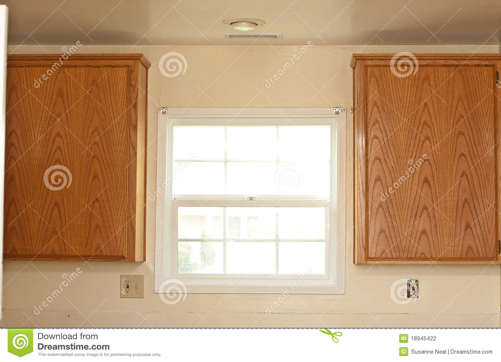 Dos cabinas y ventanas de cocina fotograf a de archivo - Cocina para dos ...