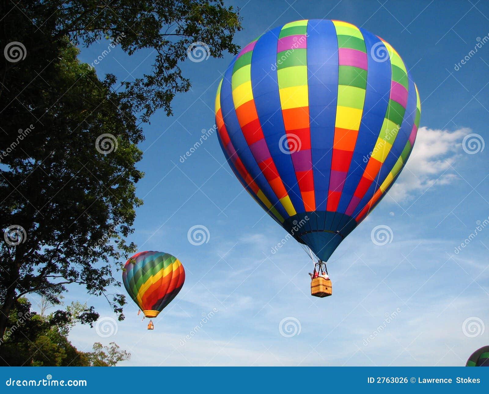 Lesbianas en globo de aire caliente