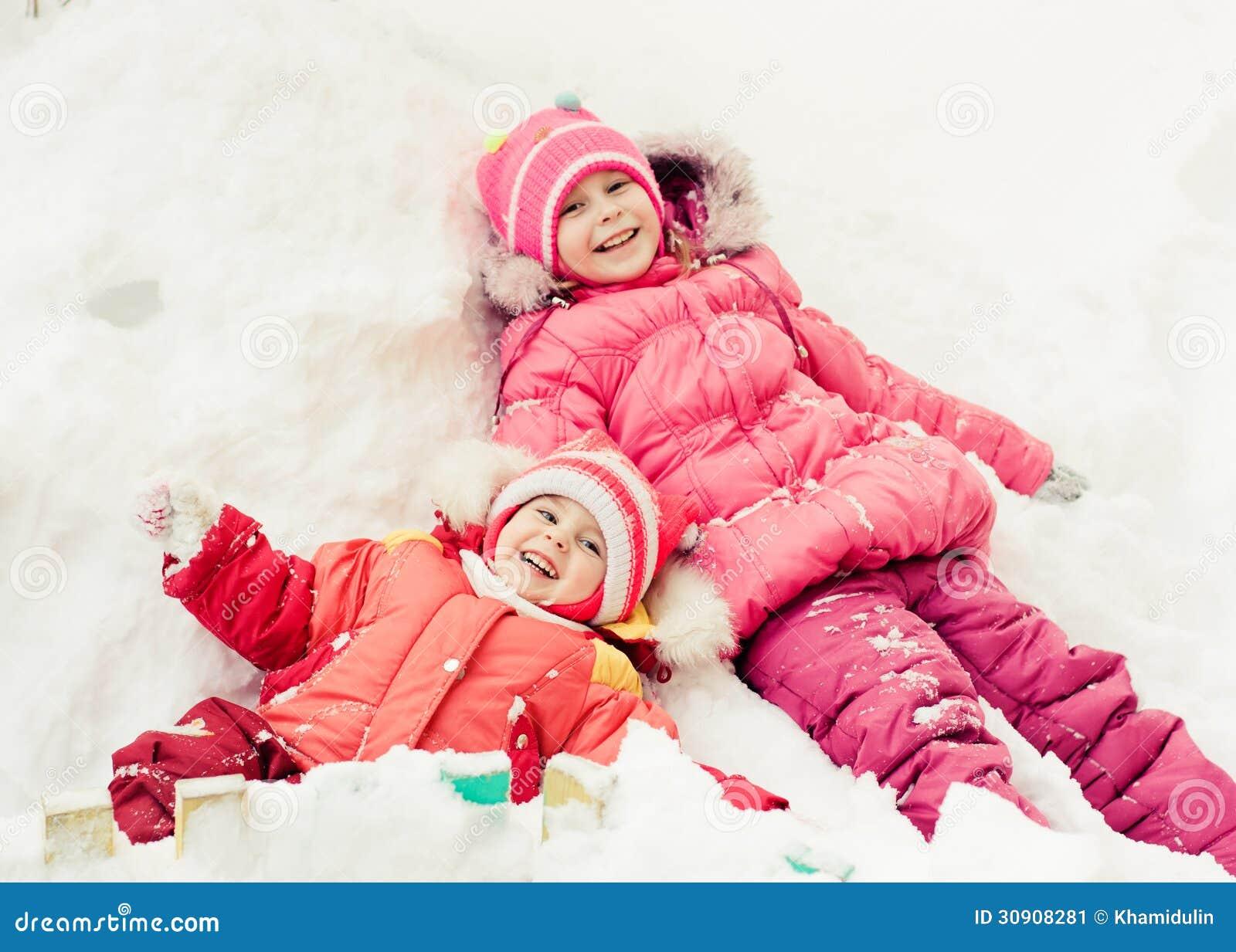 Dos hermanas felices hermosas imagen de archivo imagen - Spa en dos hermanas ...