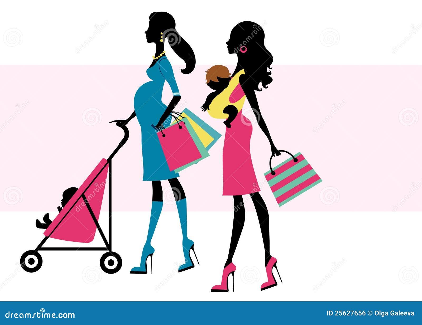 Dos mamas hermosas que hacen compras con los niños