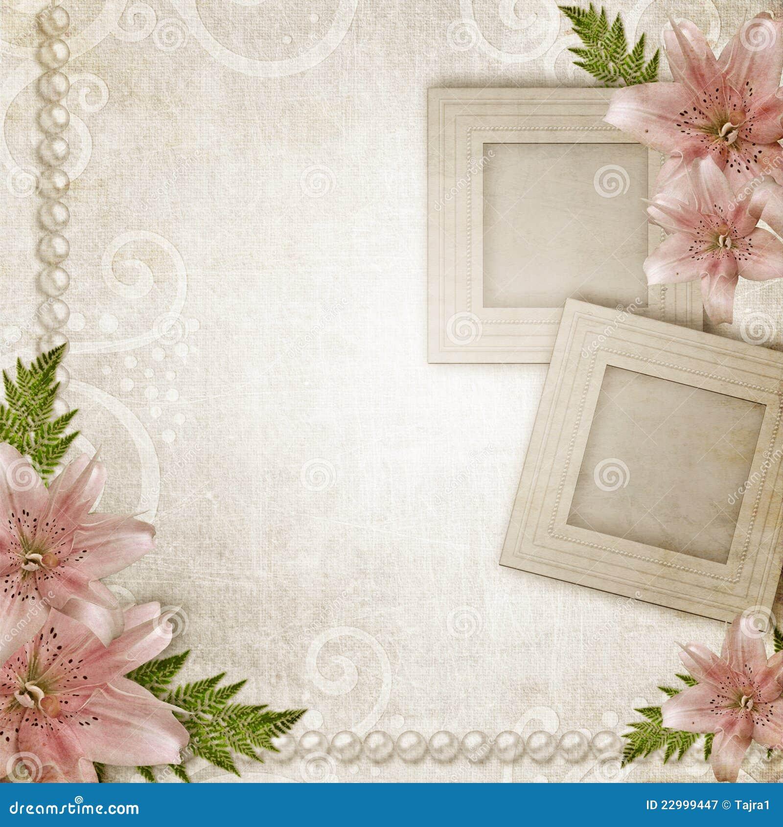 Dos marcos con el lirio rosado