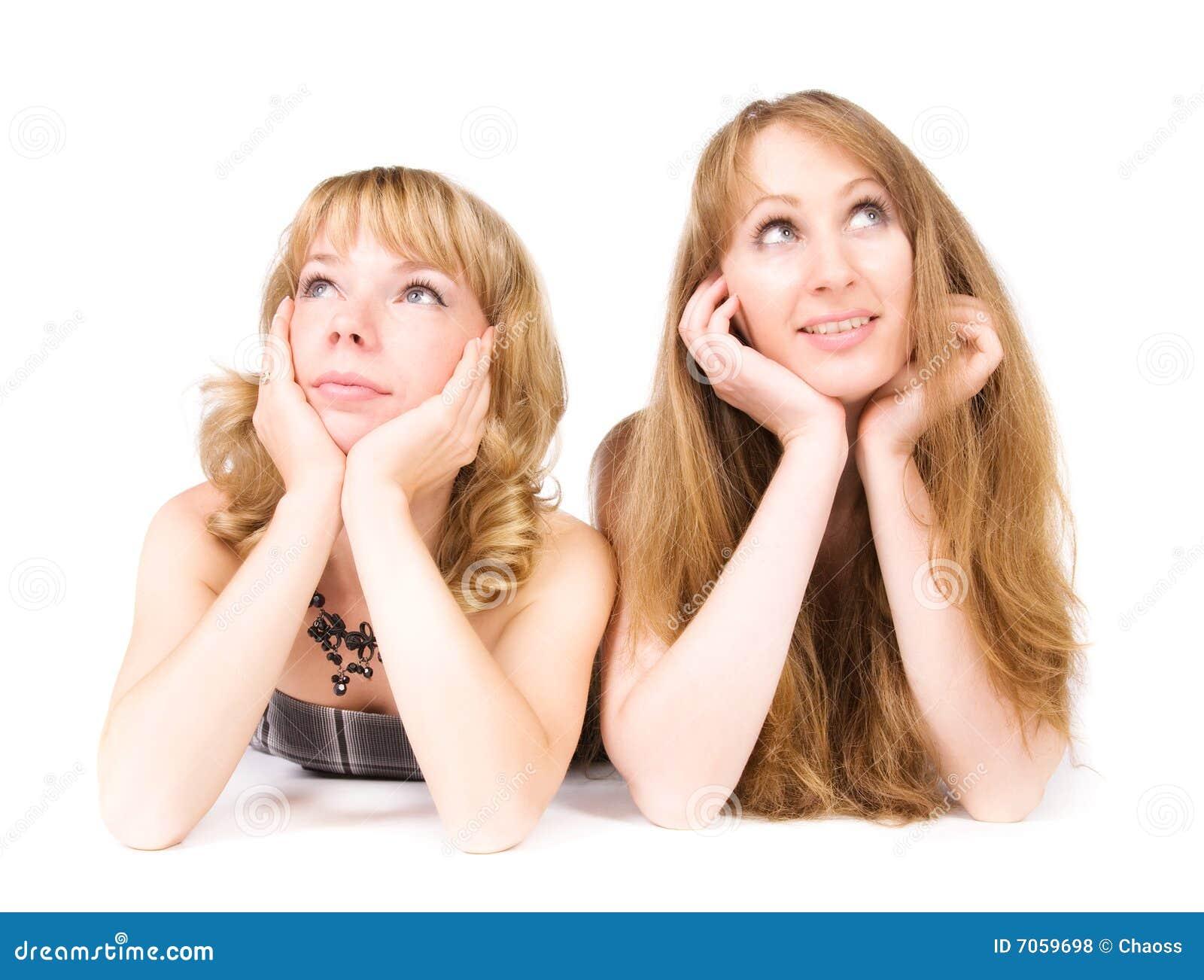 Dos mujeres de sueño