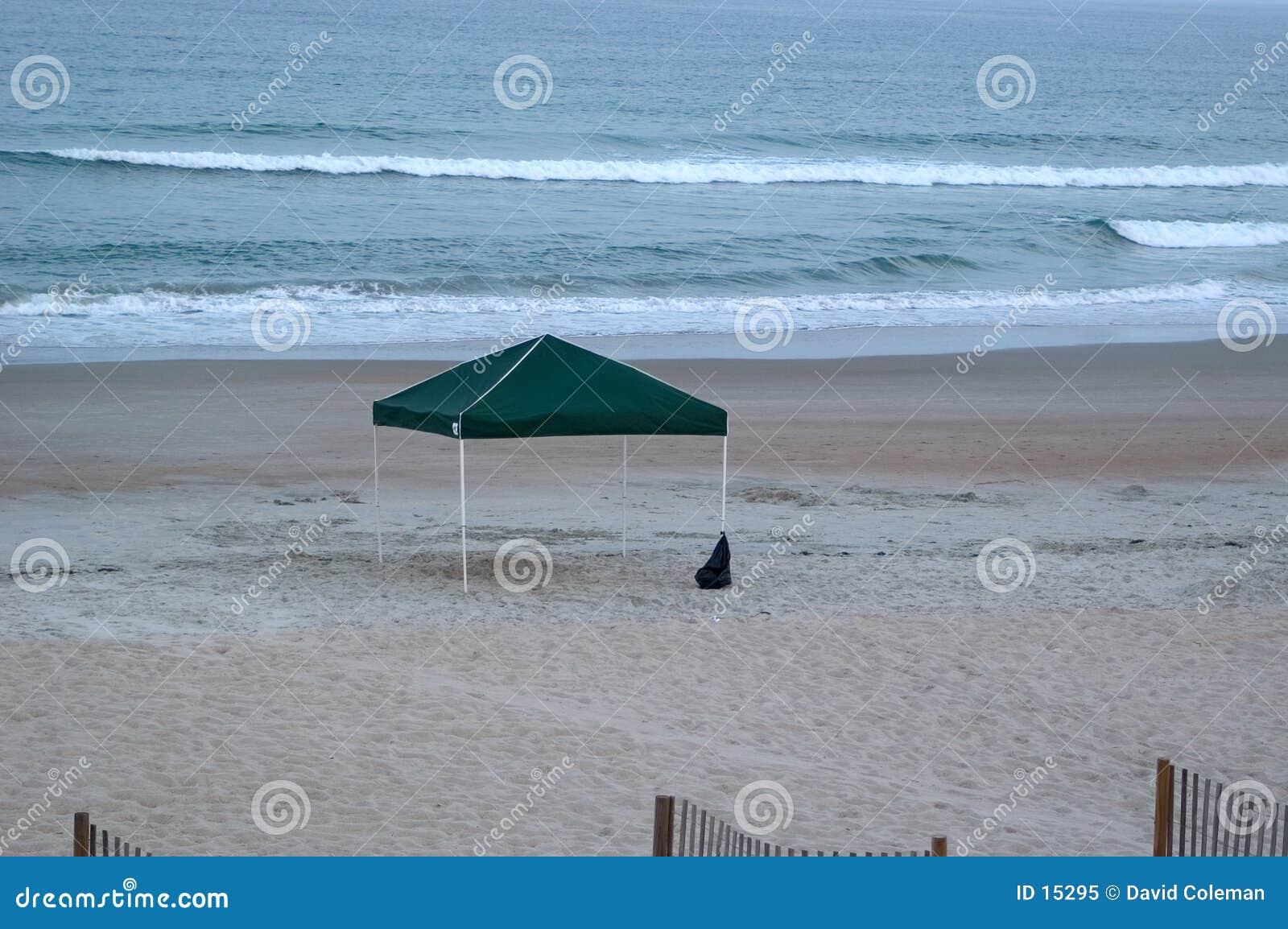Dossel vazio na praia
