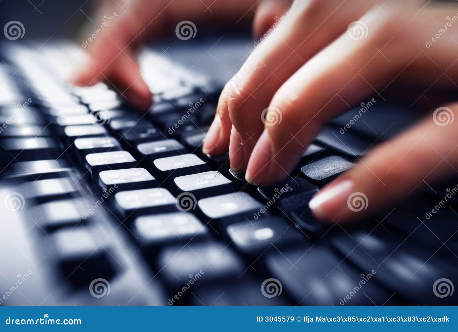Dotykać klawiatury