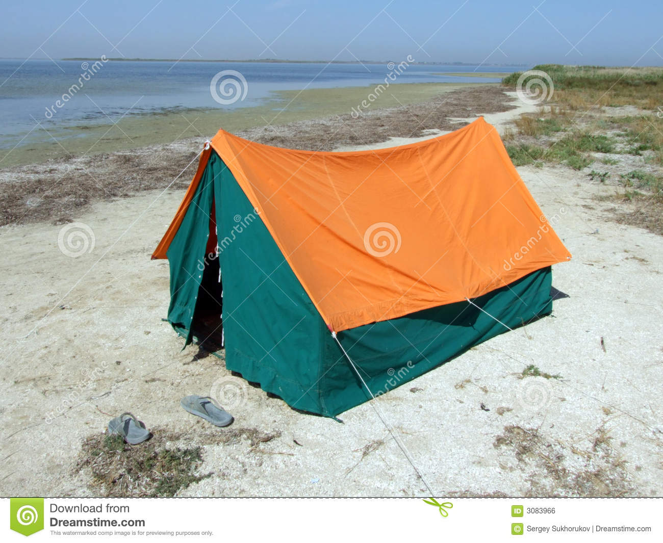 Double tent on a gulf