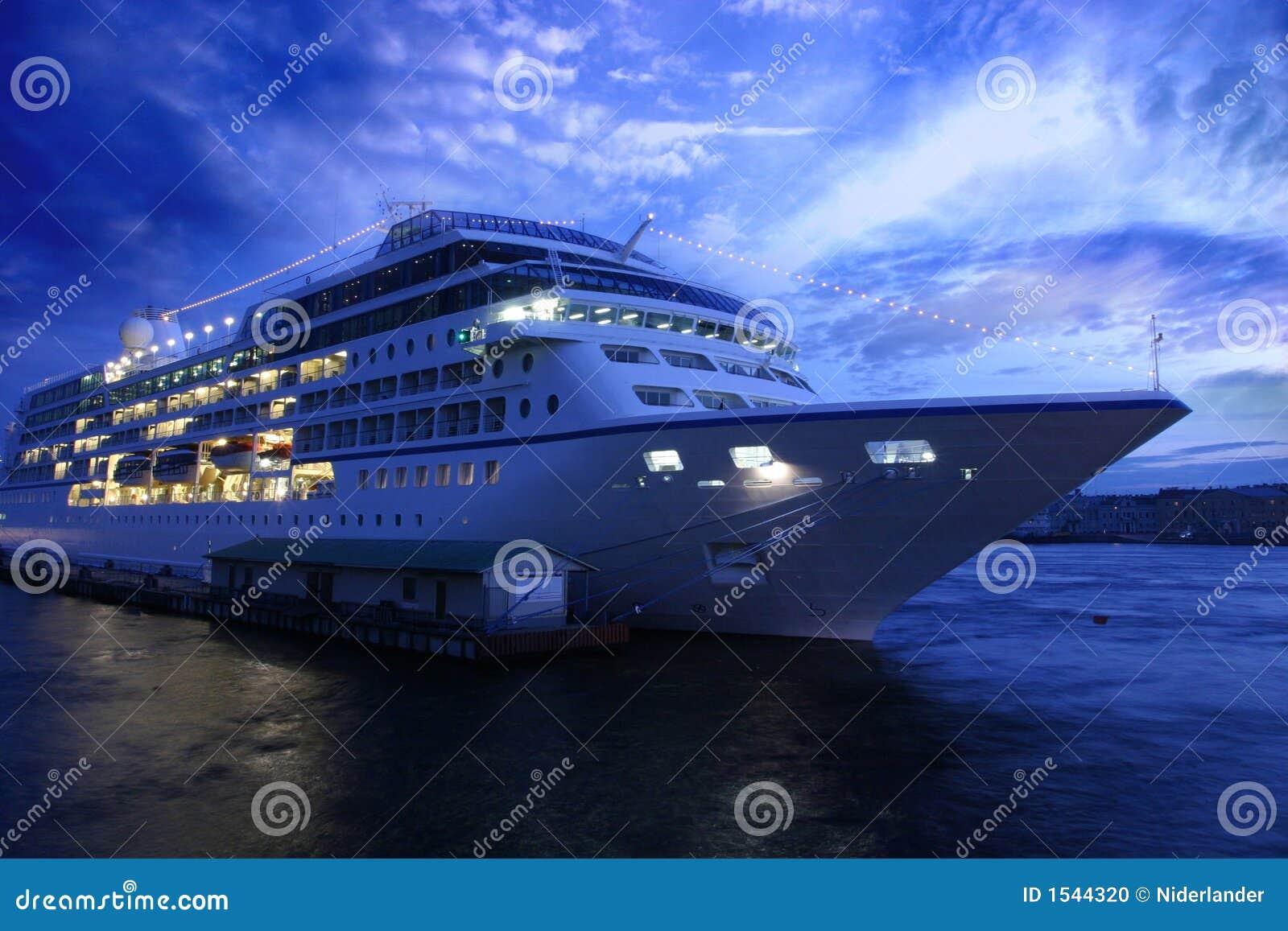 Doublure d océan et soirée bleue