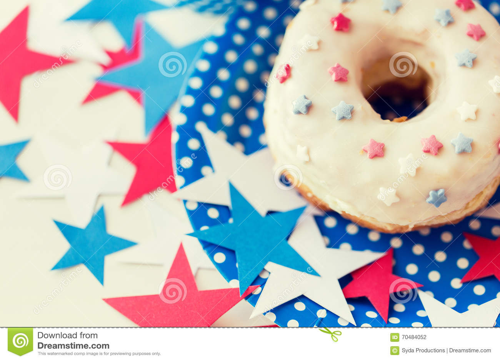 Doughnut met sterdecoratie op onafhankelijkheidsdag