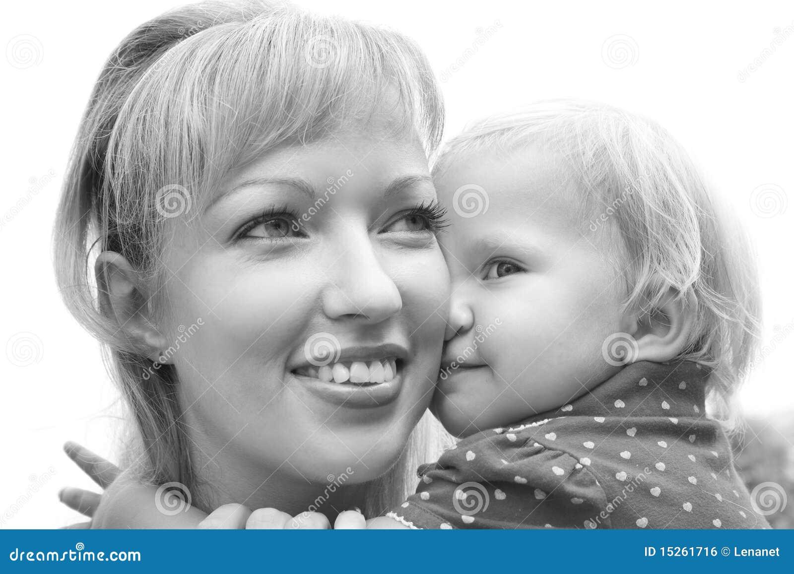 Doughter ее мать удерживания