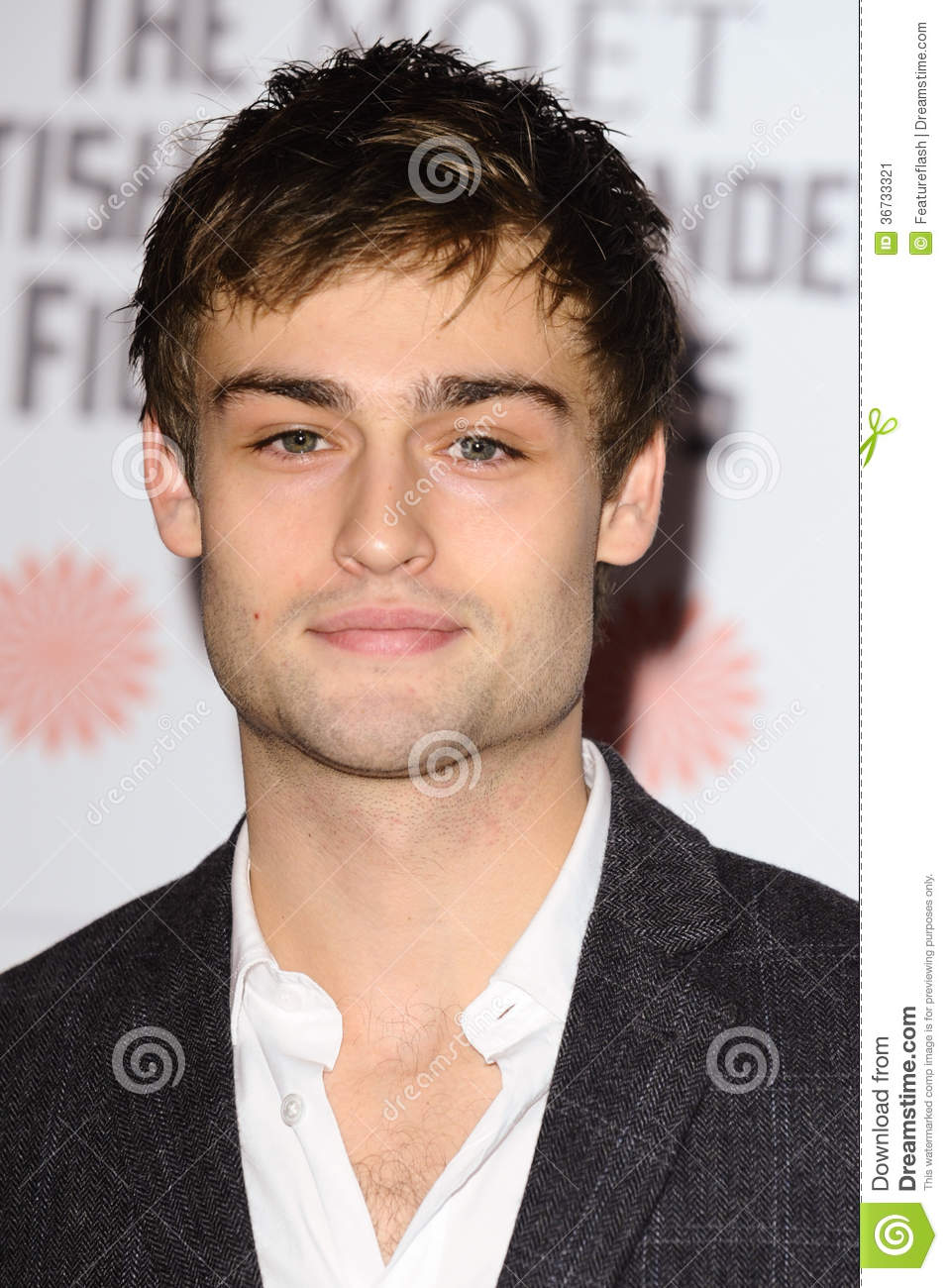 Douglas Booth editorial photo. Image of london, awards ...