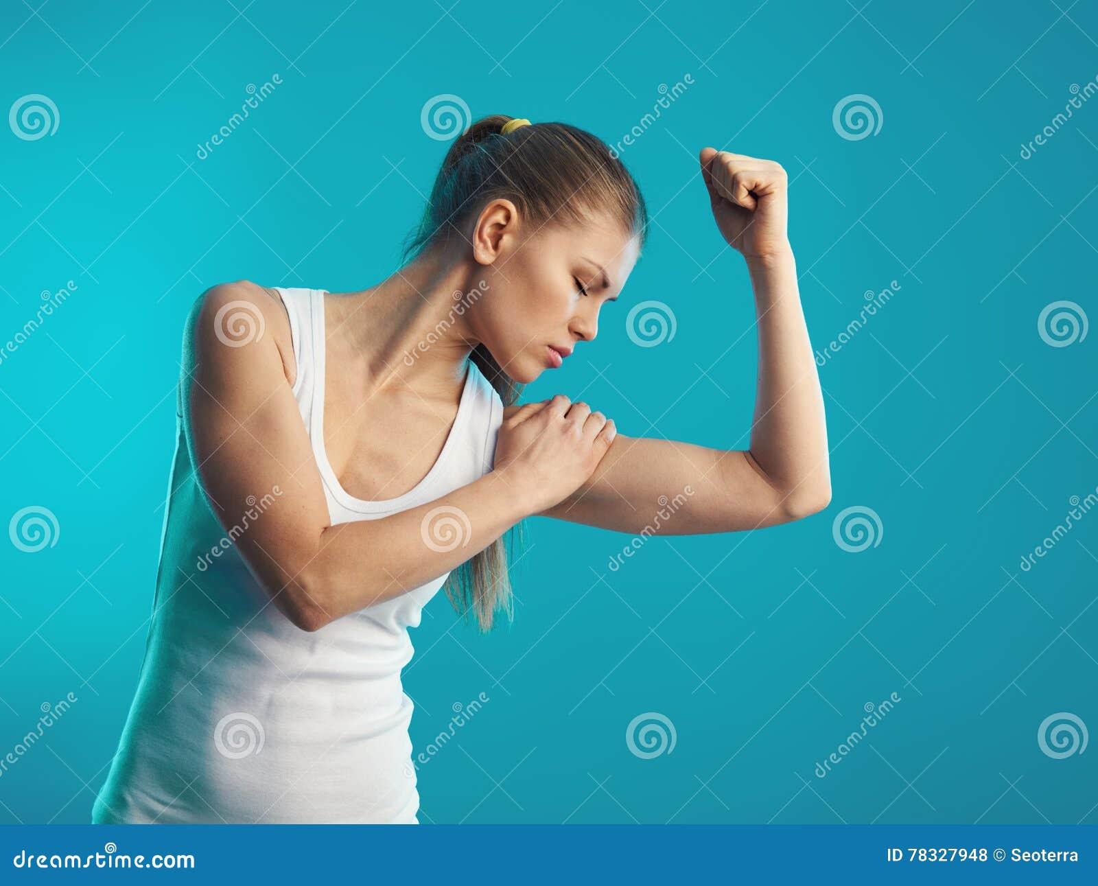 Douleur de bras photo stock. Image du ligament, inflammation ...