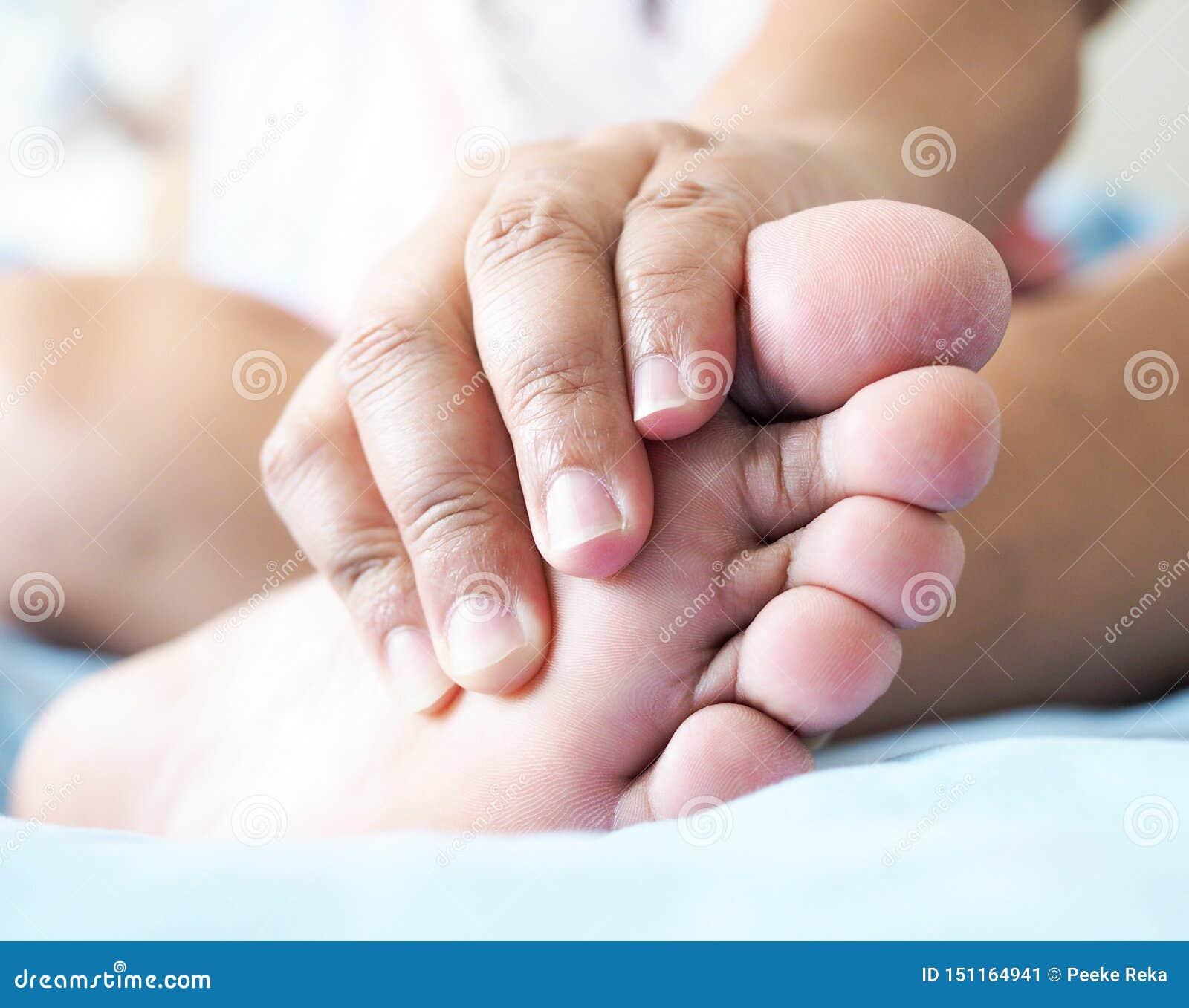 Douleur de pied, tendons, muscles, inflammation de pied