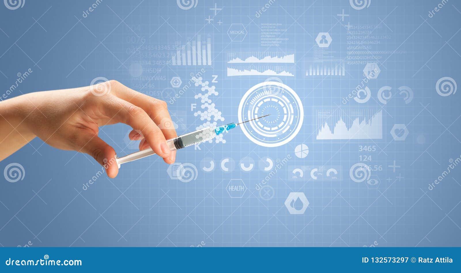 Doutor fêmea Holding Syringe