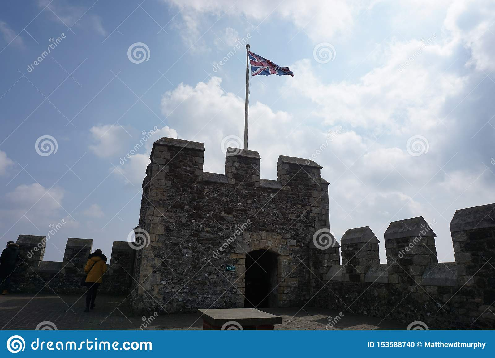 Dover Castle met Union Jack