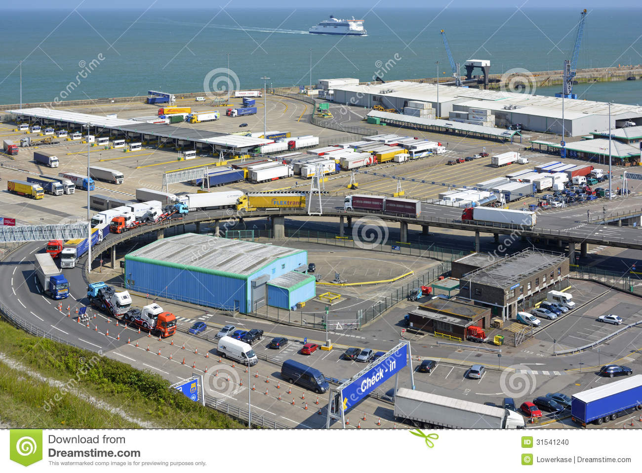 - dover-ferry-port-english-channel-kent-lorry-traffic-31541240
