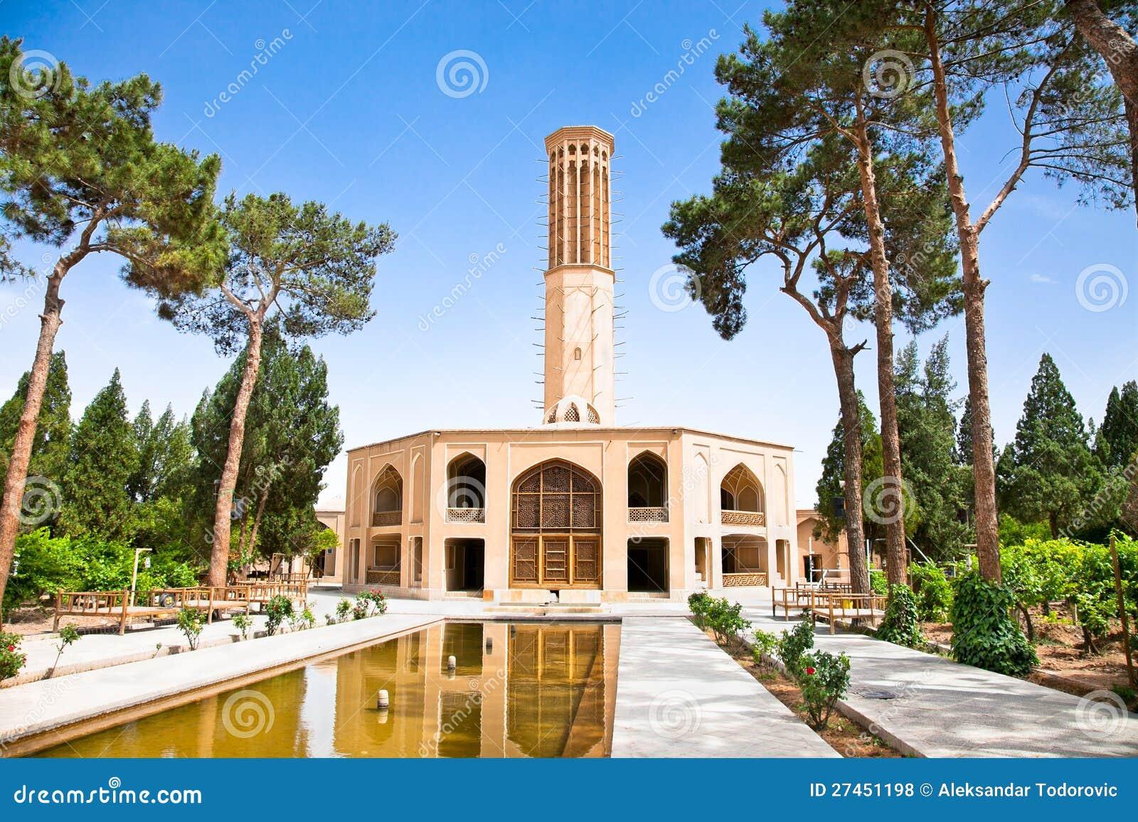 Dowlat Abad庭院。 Yazd,伊朗