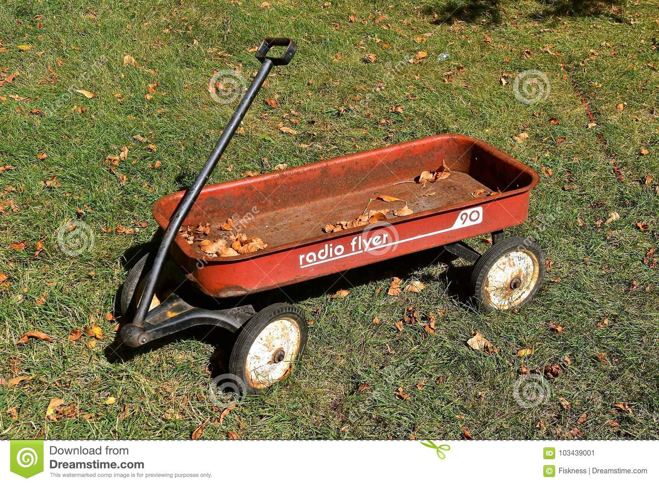 Old Red Radio Flyer Wagon Editorial Photo Image Of Hauling 103439001
