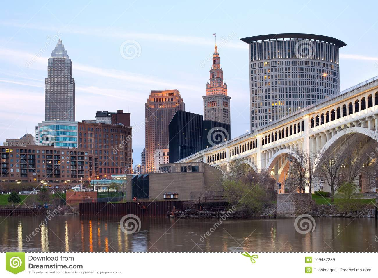 70f34669f1b9 Downtown Skyline Of The City Of Cleveland Stock Image - Image of ...
