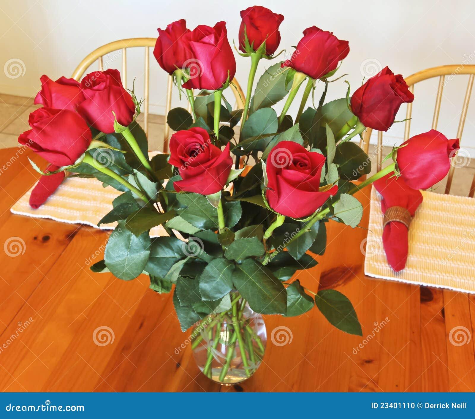 Как сделать чтобы роз долго стояли в вазе