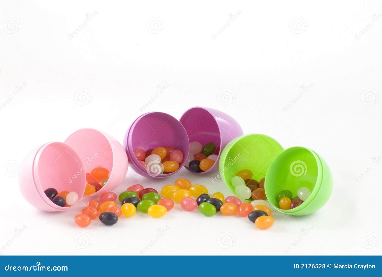 Dragées à la gelée de sucre et oeufs en plastique