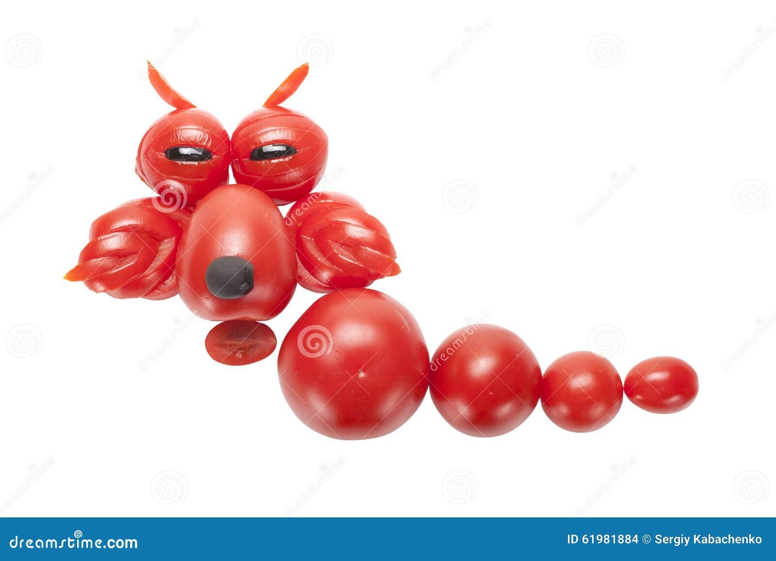 Dragón divertido hecho del tomate