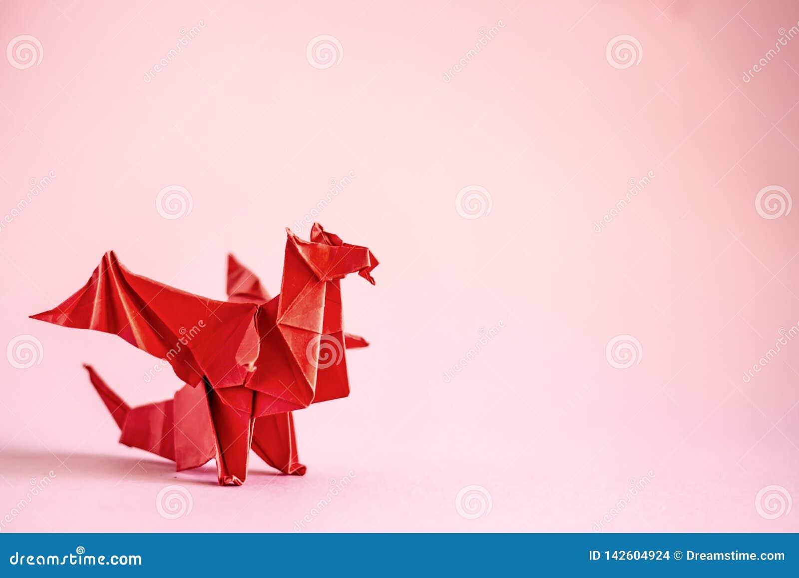 Dragón de la papiroflexia