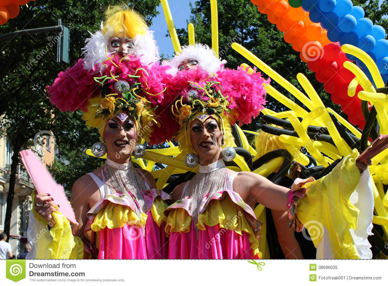 gay pride queen jpg 422x640