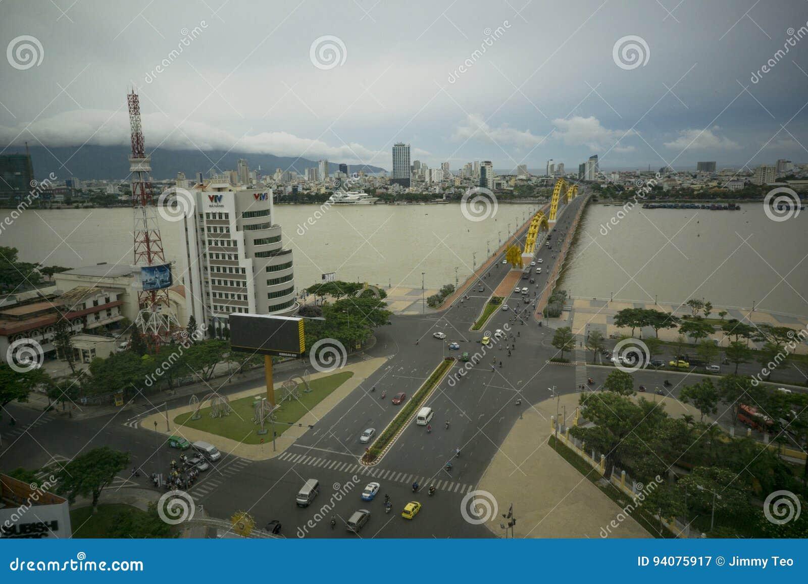 Dragon bridge Da Nang Vietnam Apec 2017
