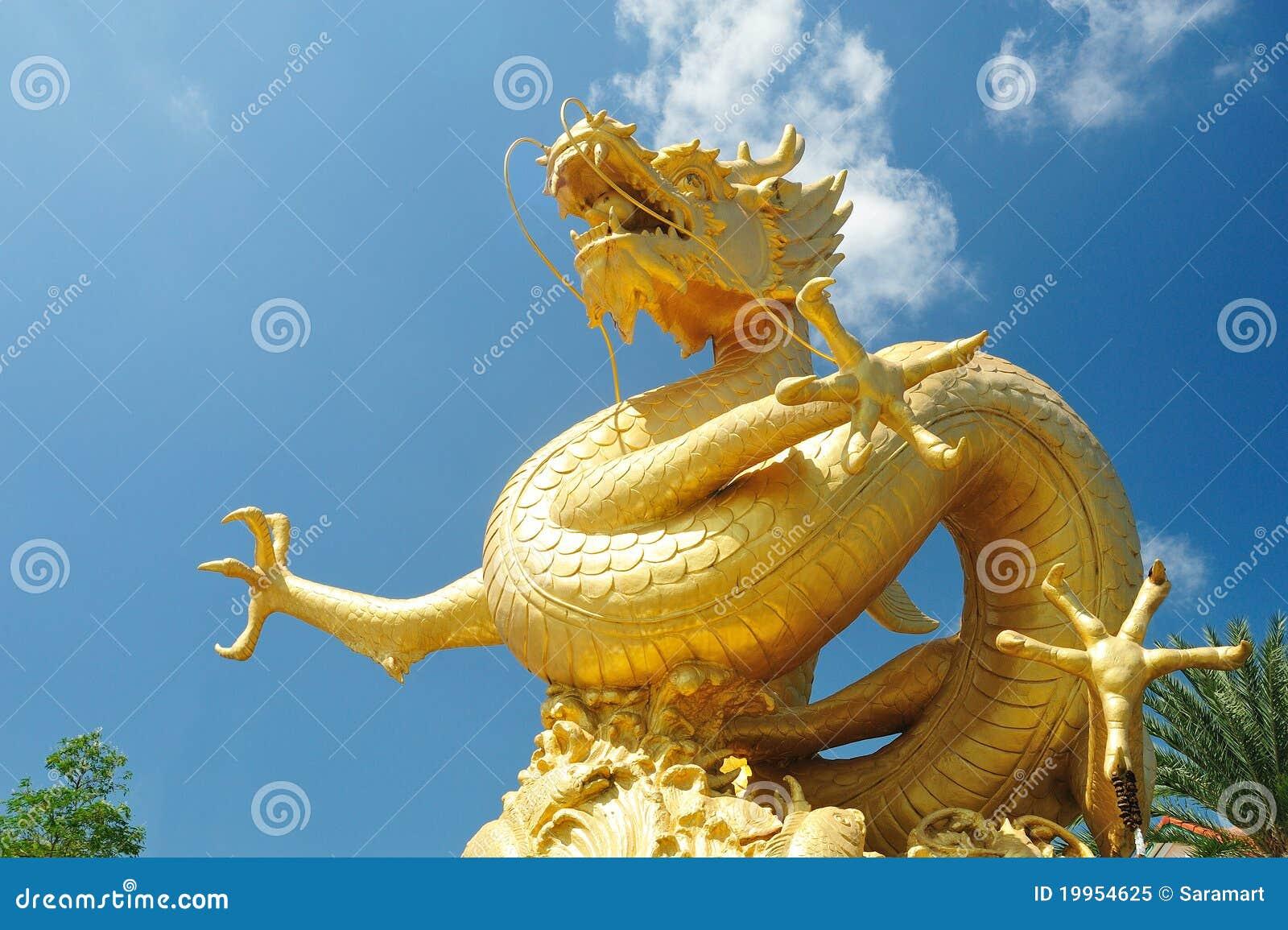 Dragon chinois sur le ciel bleu image stock image du - Photo de dragon chinois ...