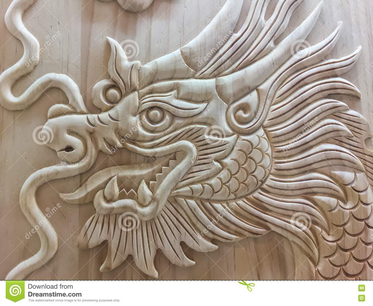 Dragon gold Chinese year new sign symbols religion powers leader carving