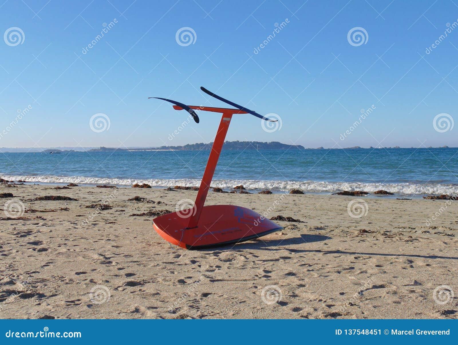 Drakesurfingbräda på stranden 3