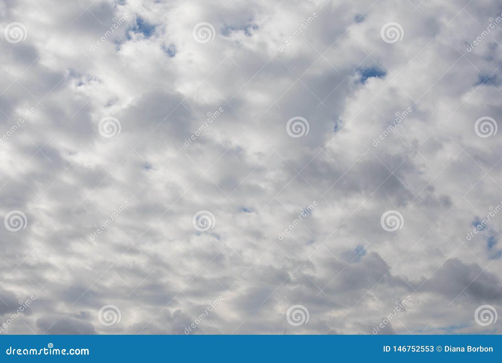 Dramatisk molnig himmel, naturlig fotobakgrund