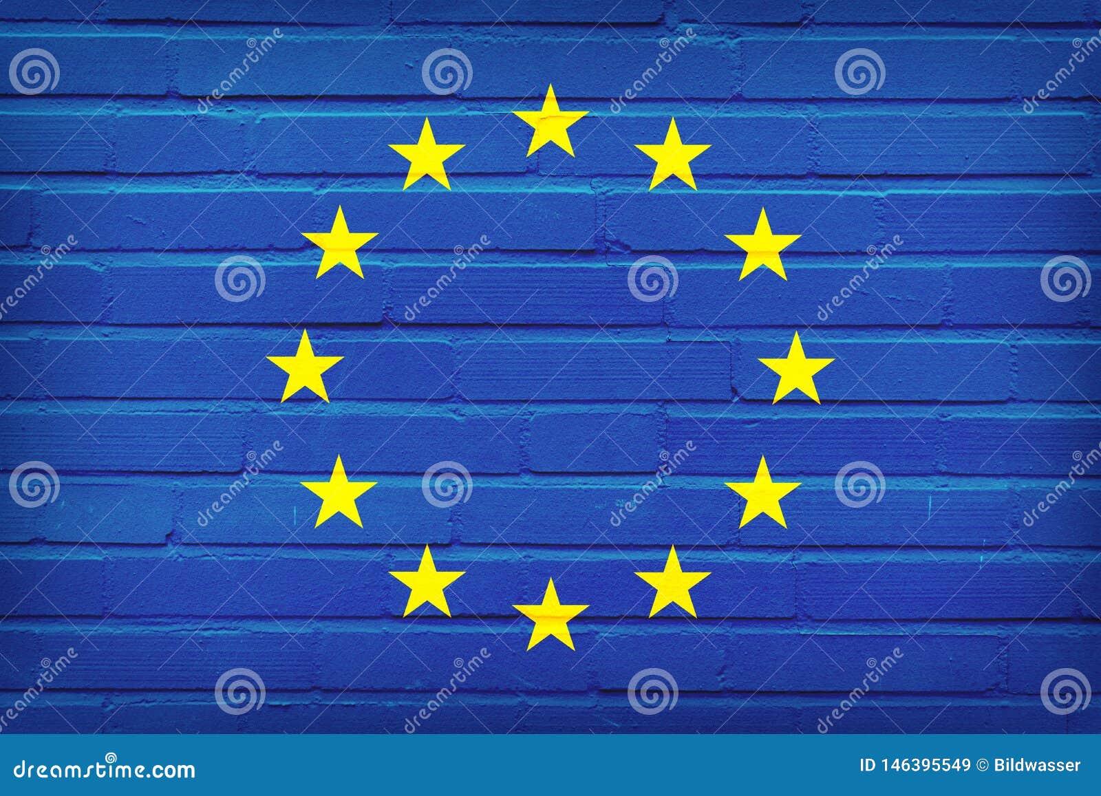 Drapeau d Union europ?enne peint sur le mur de briques Fond de texture