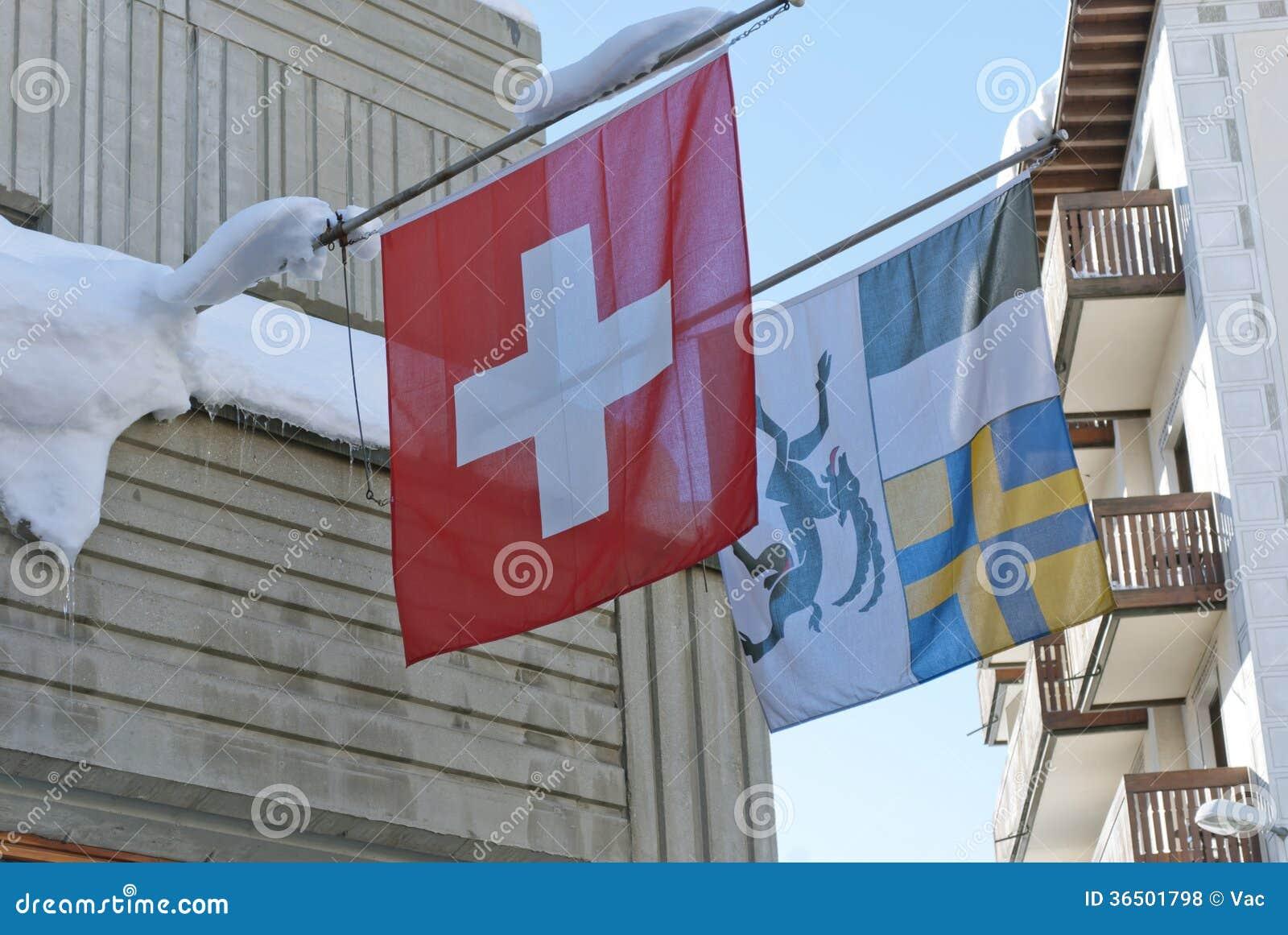Drapeaux de la Suisse et canton de Graubuenden