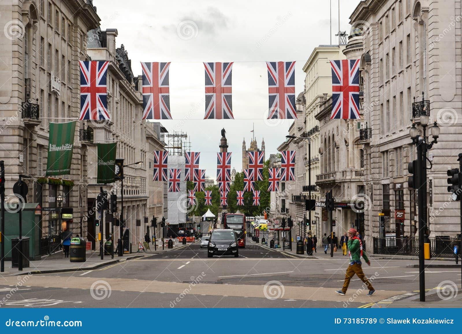 Drapeaux de Londres Union Jack de rue de régent