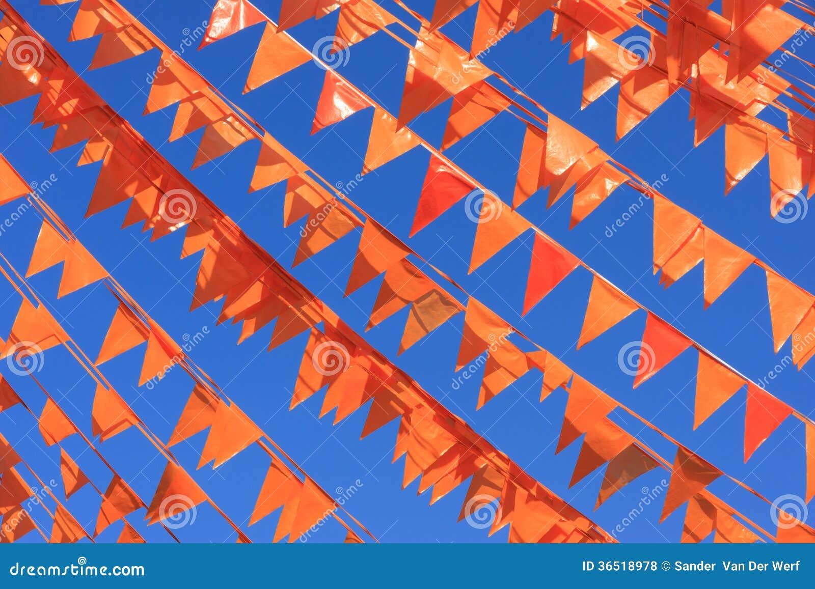 Drapeaux oranges