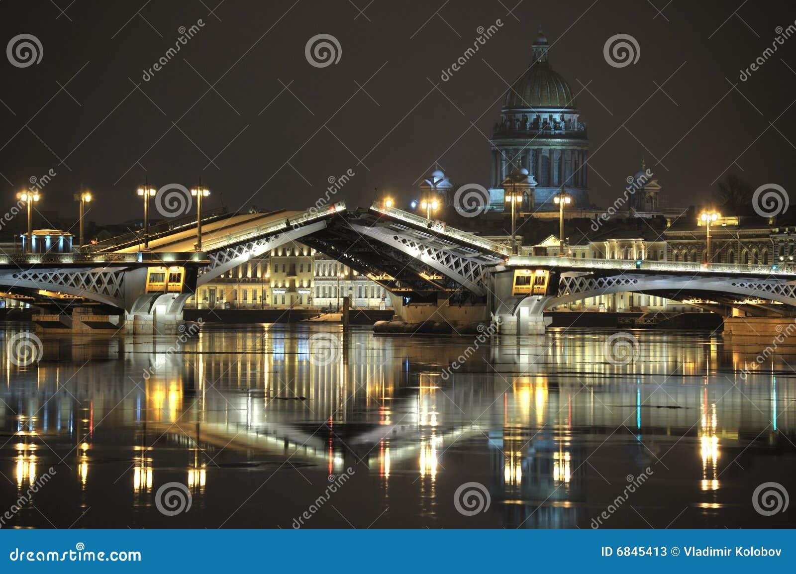 Drawing of a bridge.